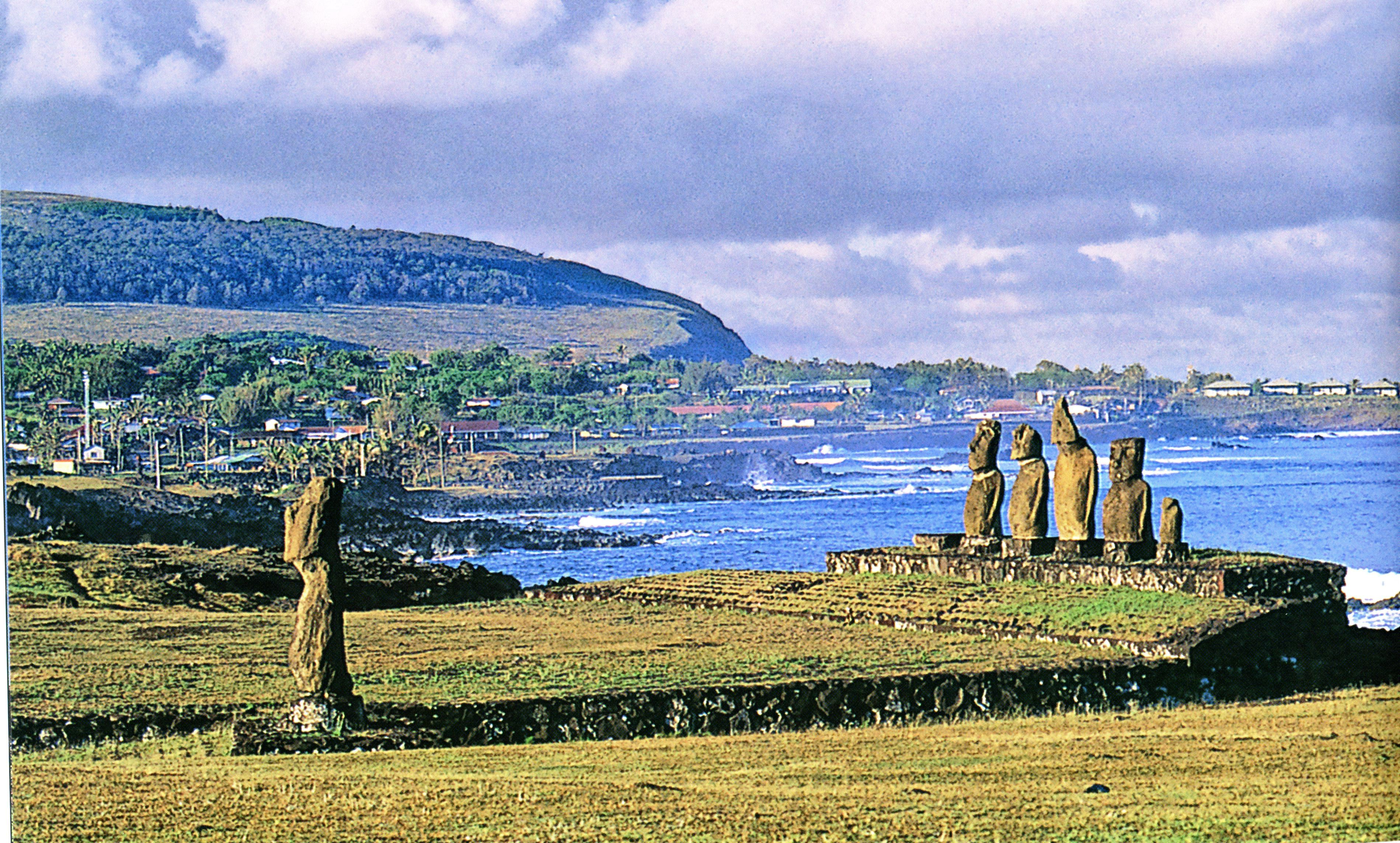 rapa nui An island paradise becomes a scarred paradise lost in the spectacular south  seas adventure rapa nui, co-produced by kevin costner jason scott lee.