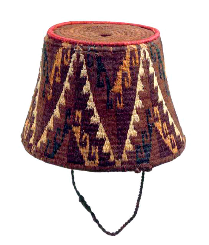 Gorros tronco-cónicos, Cultura Aymara, 1000-1536 d.C. Museo Chileno de Arte Precolombino Nº 2778, Gorros tronco-cónicos, Cultura Aymara, 1000-1536 d.C.,
