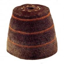 Gorros tronco-cónicos, Cultura Aymara, 1000-1536. Museo de Artes Visuales s/Nº. (Gorros 2006: 59-60) Gorros tronco-cónicos, Cultura Aymara, 1000-1536 d.C.